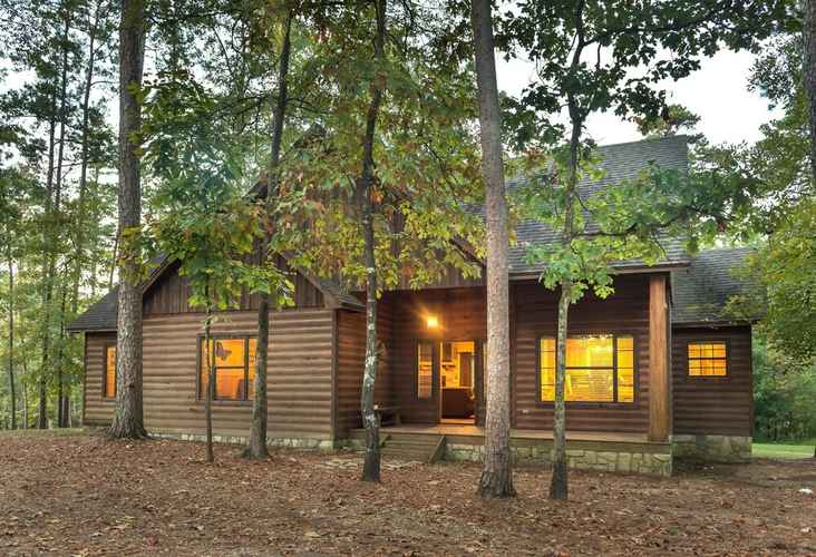 Laketime 3 Bedroom Cabin Mccurtain County United States Of America