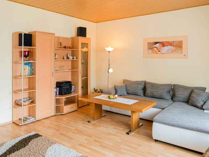 COMMON_SPACE Luxurious Apartment in Medebach With Garden