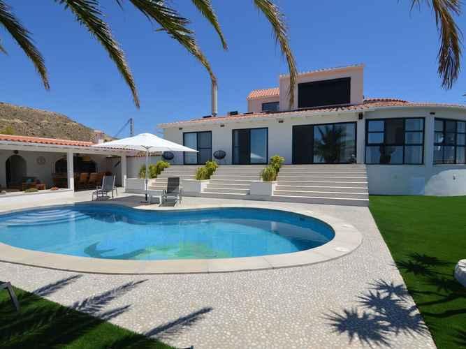 SWIMMING_POOL Affluent Villa in El Campello Alicante With Pool & Sea Views