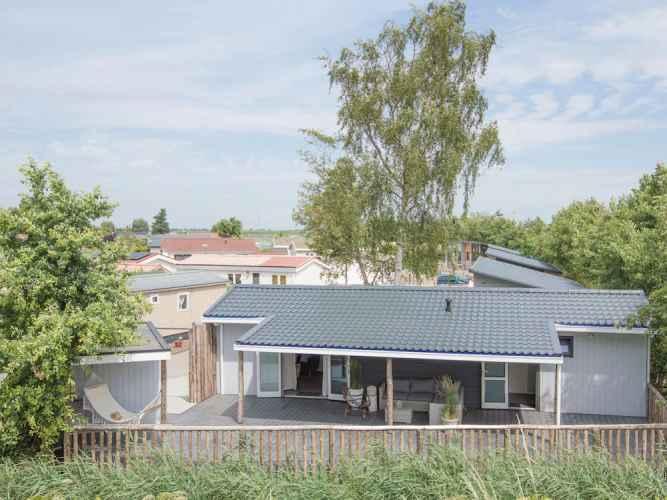 Fascinaing Chalet With Sauna Veranda Lounge Set Storage Tholen Netherlands