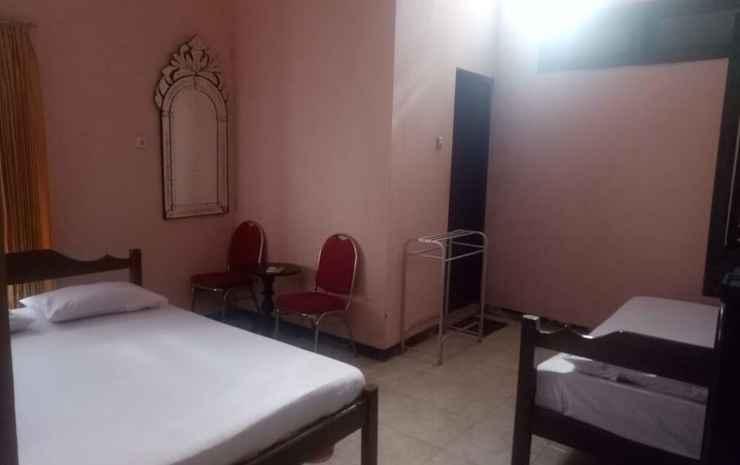 Budget Room at Hotel Matahari Solo Solo - Kamar Twin Ekonomi