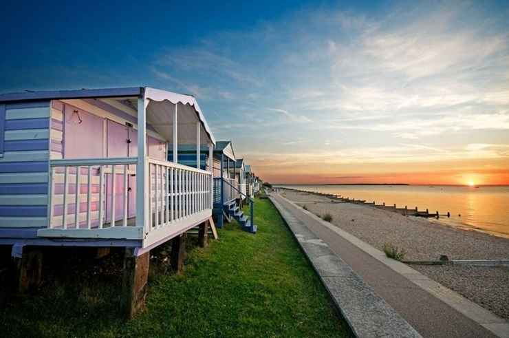 BEDROOM Whitstable Caravan - 5 Minutes Away From the Beach