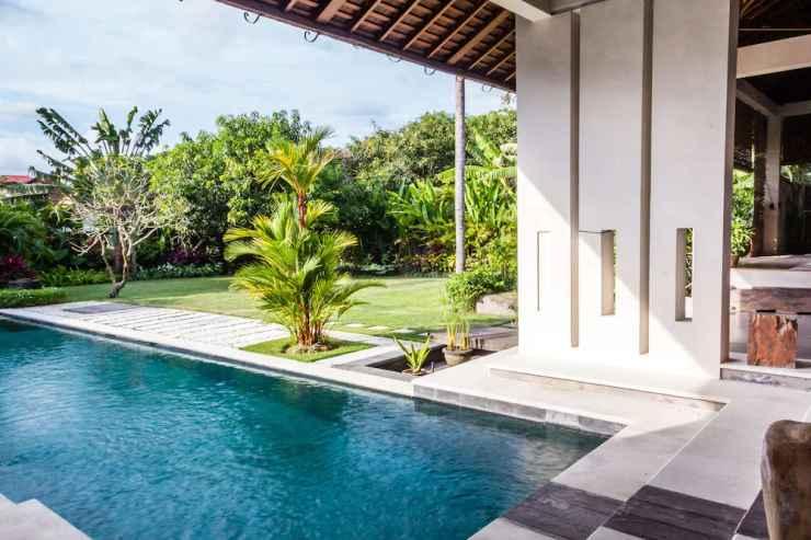 Rent A Luxury Villa In Bali Close To The Beach Bali Villa 2035 Kuta Low Rates 2020 Traveloka