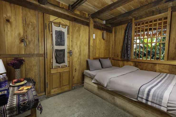 BEDROOM Hmong Sister House