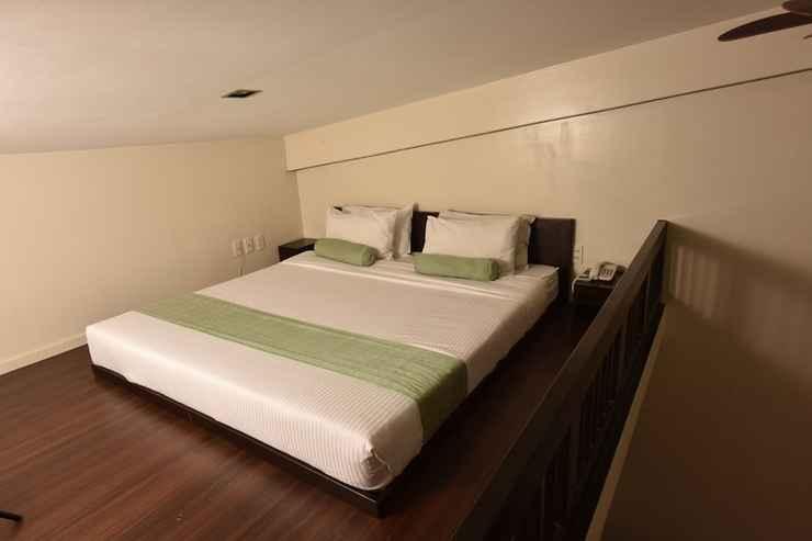 BEDROOM Subic Coco Hotel