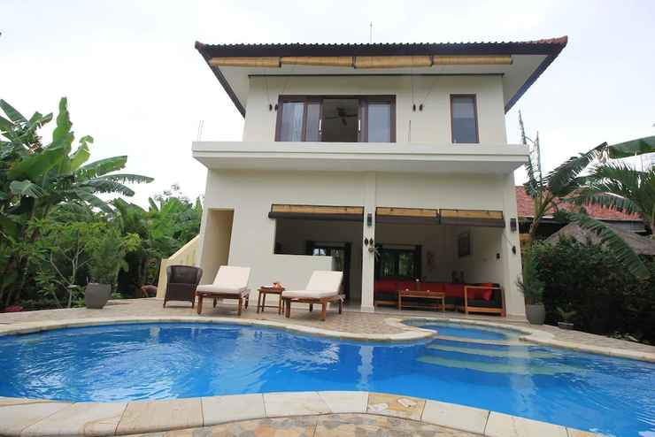 Villa Beranda Kecil Private Garden Swimming Pool And Housekeeper In North Bali Banjar Indonesia