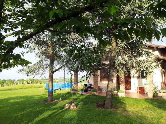 COMMON_SPACE Farmhouse Stay at Santa Maria Lombardy With Pool