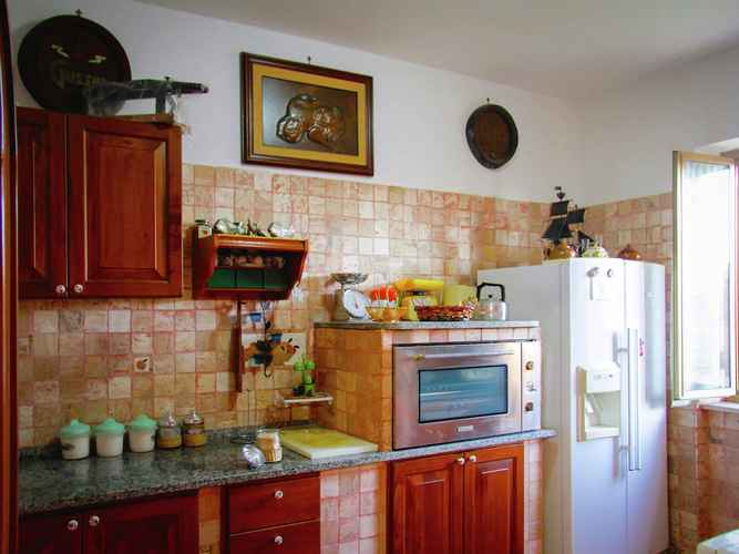 BEDROOM Spacious Villa in Anzio With Private Swimming Pool