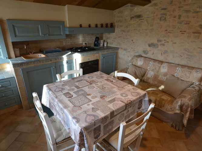 BEDROOM Appealing Apartment in Petrella Guidi With Garden, Barbecue