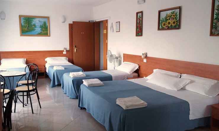 BEDROOM Venice Mestre Tourist Accommodation, Quiet Room With Wifi and Free Parking