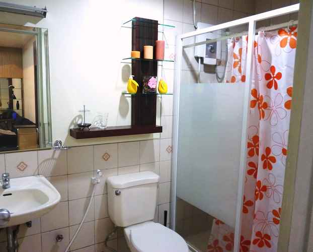 BATHROOM 1 Br Robinsons Place Manila Rpr6