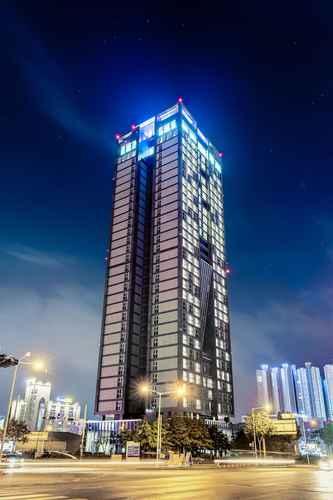 EXTERIOR_BUILDING J-One Hotel