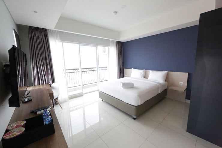 BEDROOM Best Price Studio at Green Kosambi Apartment near Braga