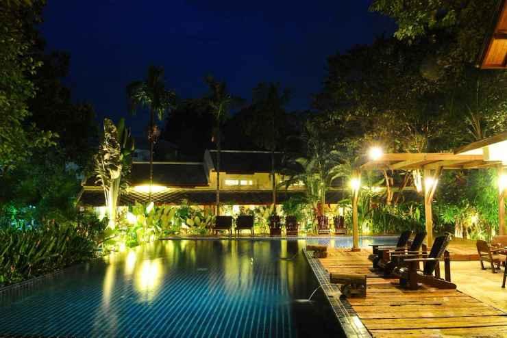 SWIMMING_POOL Lima Bella Resort
