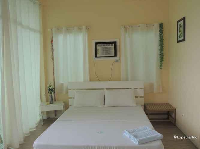 BEDROOM Moalboal Beach Resort