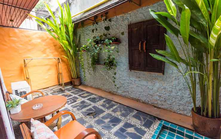 Changmoi House (Little Village) Chiang Mai - Superior House Double Bed with Terace