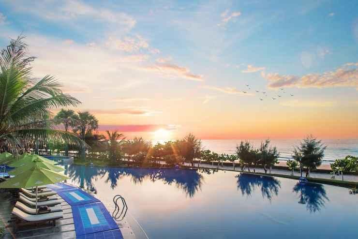 SWIMMING_POOL Carmelina Beach Resort