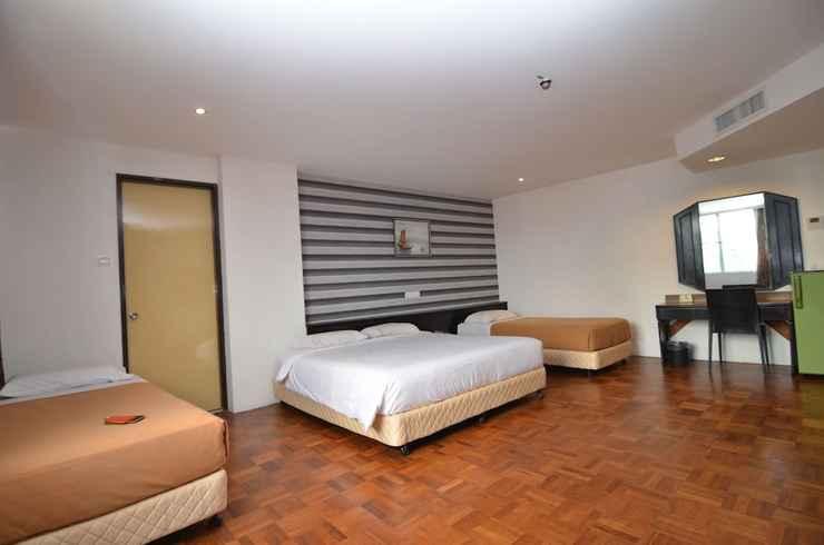 BEDROOM Oriental Hotel