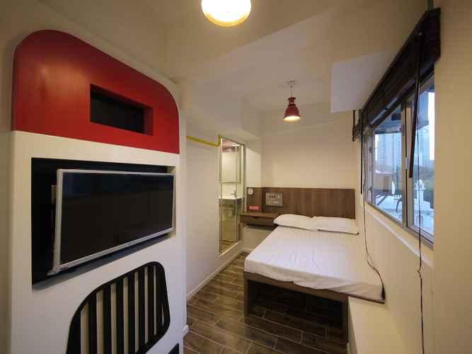 BEDROOM Panda's Hostel - Hot Dog Bus