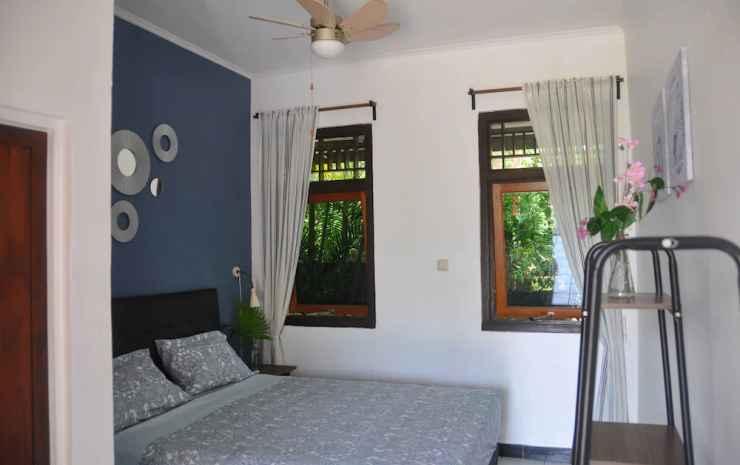 Guesthouse The 4 Fish Manado - Kamar Double Standar, 1 Tempat Tidur Queen, non-smoking, patio