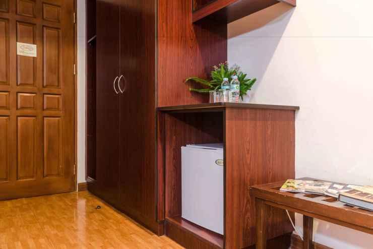 BEDROOM Oftana Suites