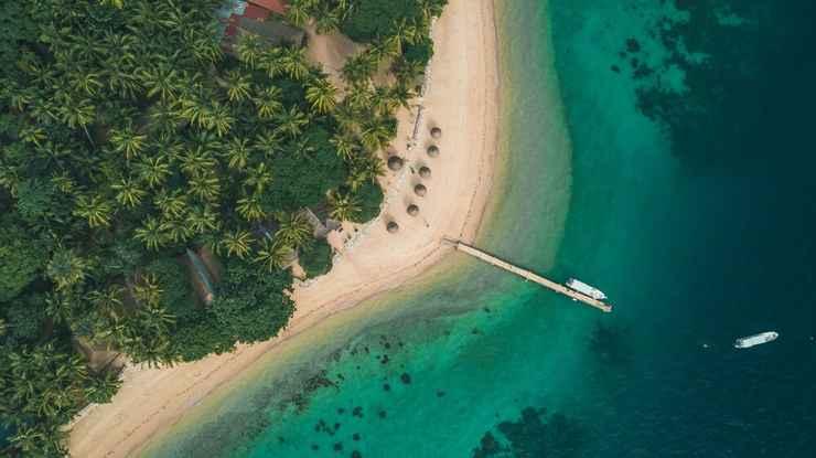 VIEW_ATTRACTIONS Flower Island Resort