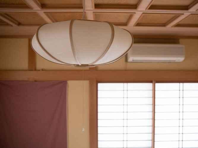 Interior Japanese Style 3BR Kyoto Yamashina House