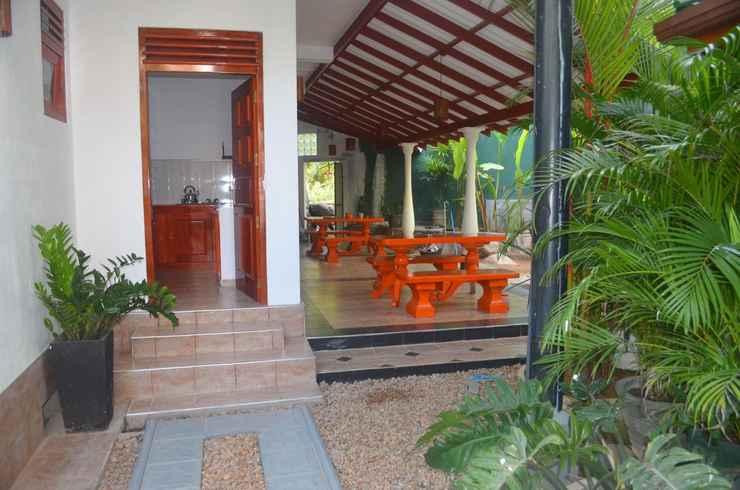 Other White Villa Unawatuna