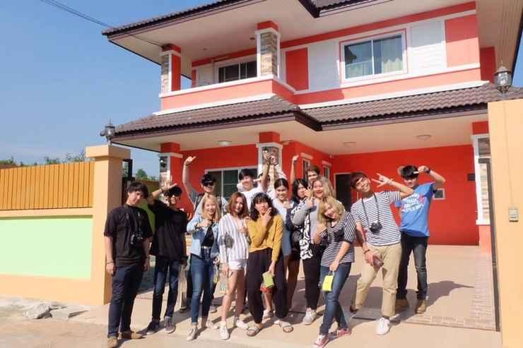 Interior Orange Villa 4bedrooms 5min to  Nimman road