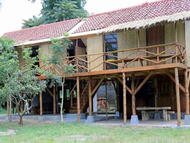 Guest Room Rumah Panggung 2 at Ronia Villa Lembang