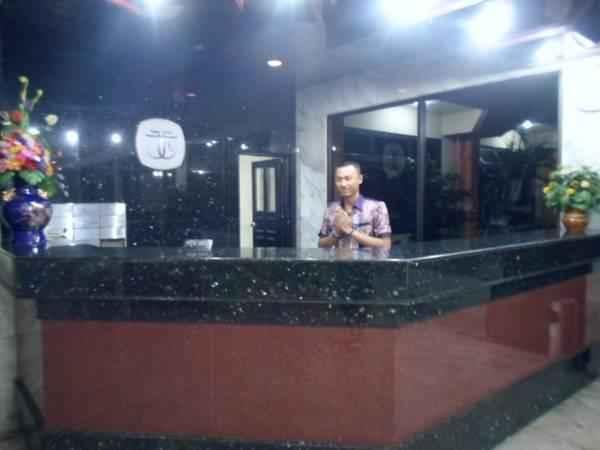 Reception Hotel Tasia Ratu