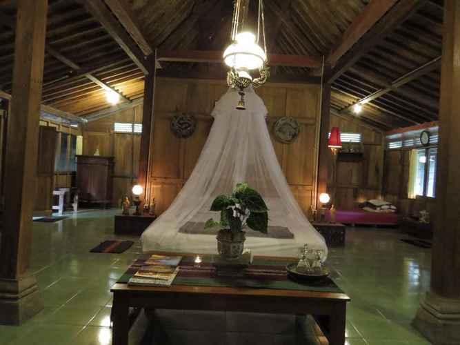 Other Rumah Limasan Jawa Homestay