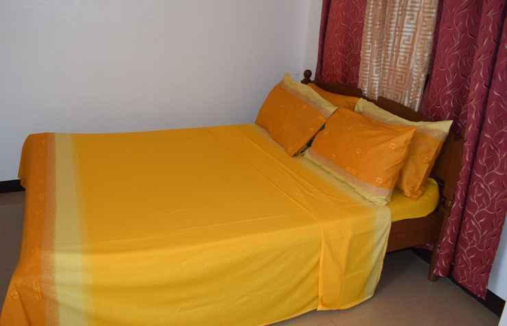 BEDROOM Budget Rooms White Beach