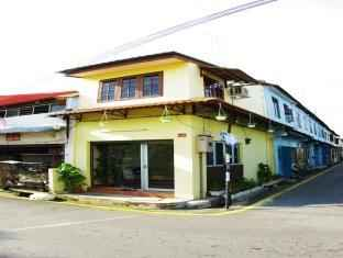 EXTERIOR_BUILDING Corner Sayang Residence