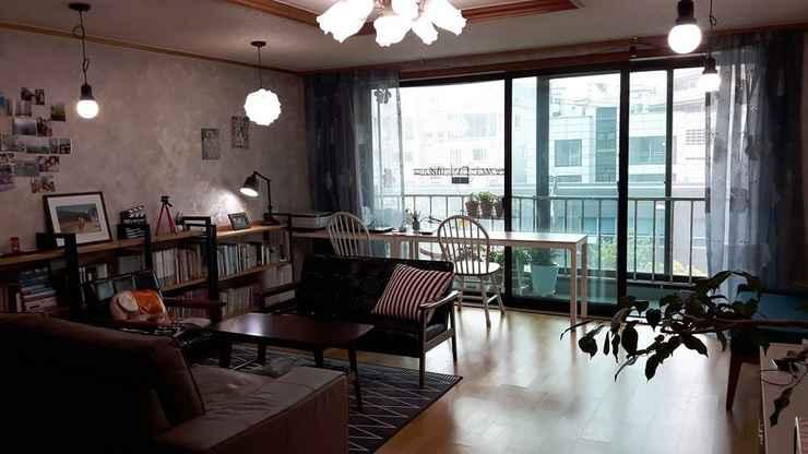 LOBBY Enough Hongdae Guesthouse