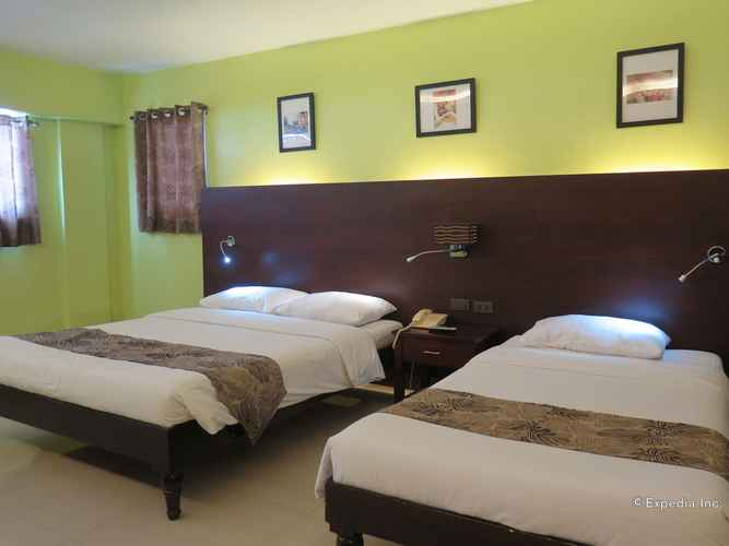 BEDROOM NS Royal Hotel