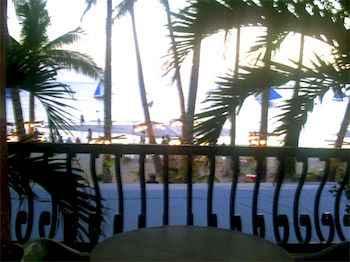 BEDROOM Crystal Sands Beach Resort