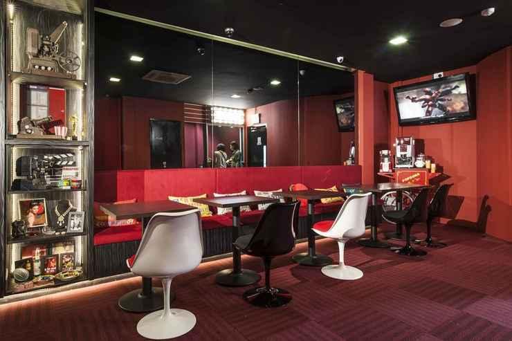 BAR_CAFE_LOUNGE Q Loft Hotels@Mackenzie