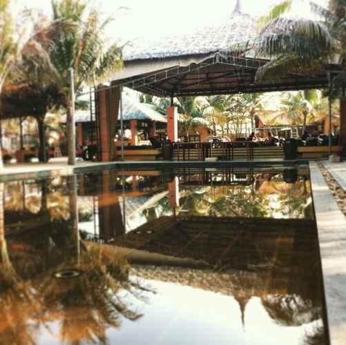 SWIMMING_POOL Long Son Mui Ne Campgrounds Restaurants & Beach Club