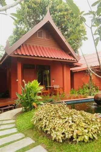 BEDROOM Ruenkanok Thaihouse Resort
