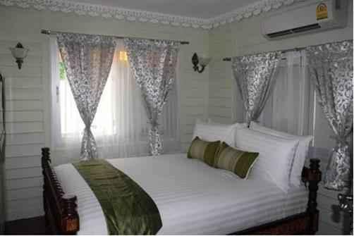 BEDROOM W Home Bangkok