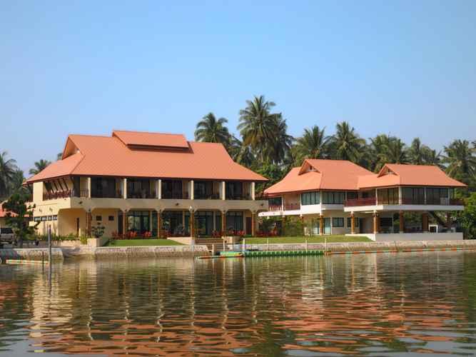 EXTERIOR_BUILDING Maeklong Marina Resort