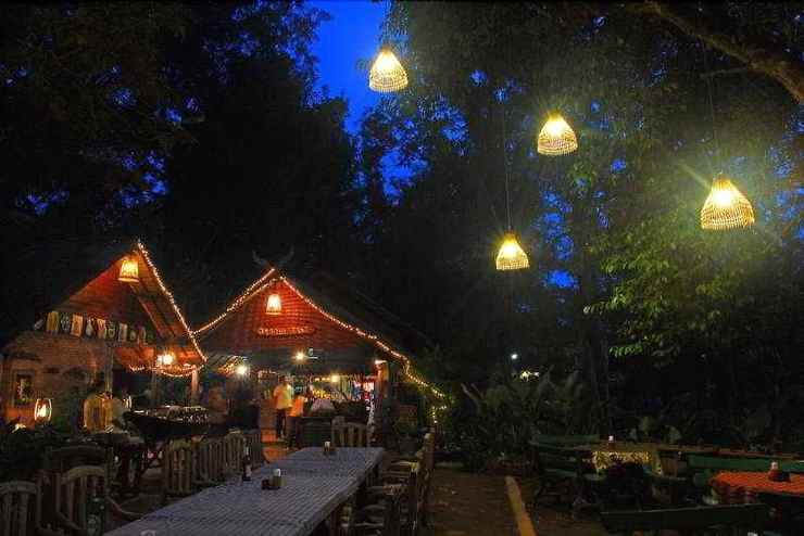 RESTAURANT Country Lake Nature Lodge