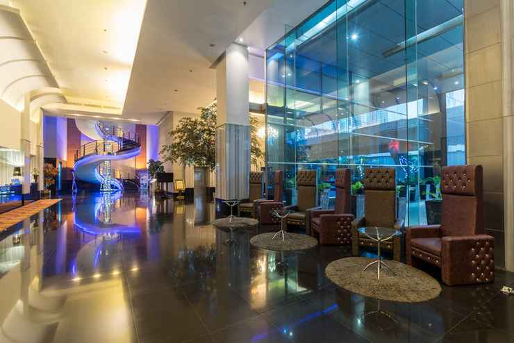 LOBBY Manhattan Hotel