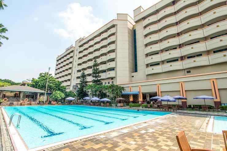 SWIMMING_POOL Sunlake Hotel