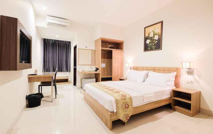 Pacific Hotel  Makassar - Deluxe Double or Twin Room