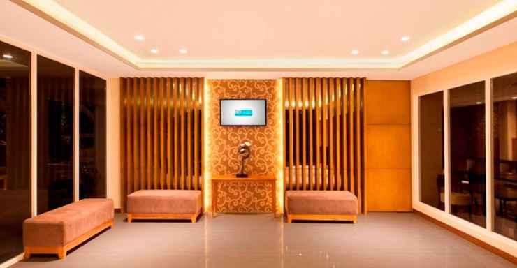 LOBBY Asana Grove Hotel Yogyakarta