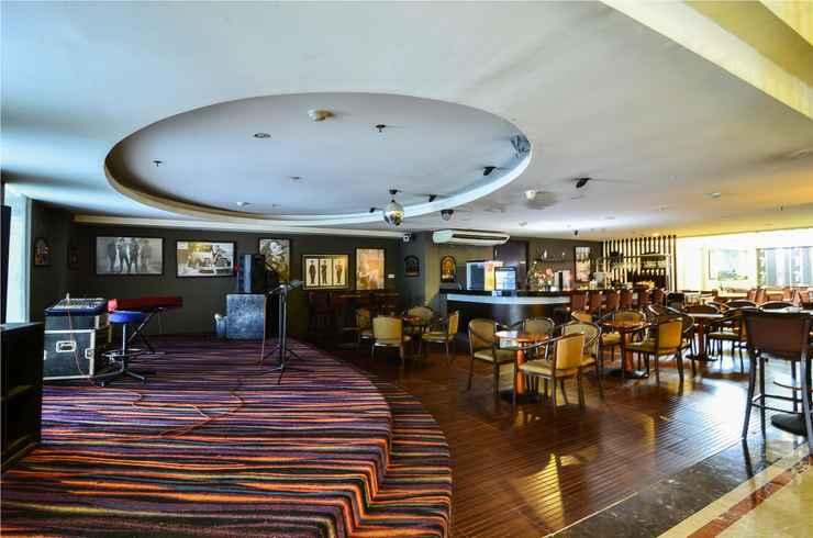 RESTAURANT Losari Roxy Hotel Jakarta