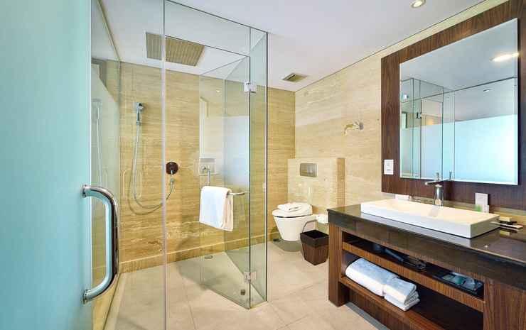 De Vins Sky Hotel Seminyak Bali - Whirlpool Suite