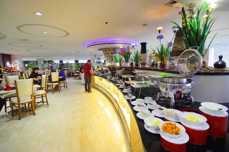RESTAURANT Grand Dafam Q Hotel Banjarbaru DHM Syariah
